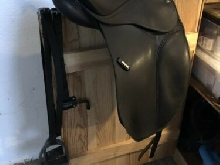 Isabell Werth Dressage Saddle 17.5
