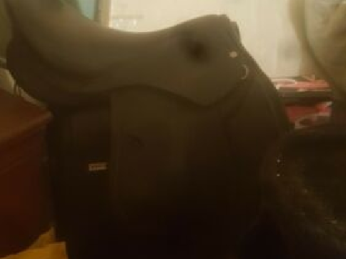 selle equitation fouganza taille 17.5