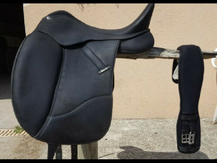 Selle Dressage WINTEC « Isabell »