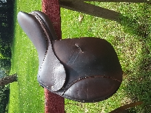 Selle cuir Devoucoux hunter (mixte) taille 17
